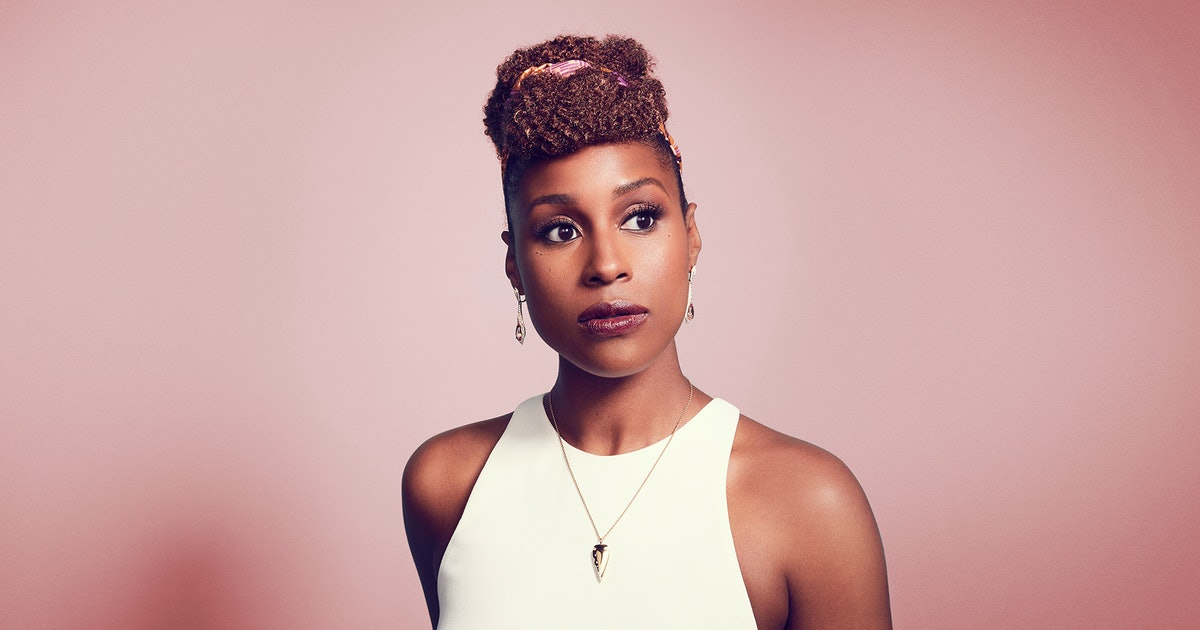 """Issa Rae Didn't Ask To Be A """"Beauty Icon"""""""