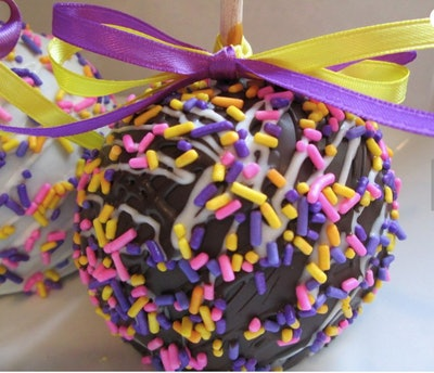 Easter Chocolate Caramel Apples (4-pack)