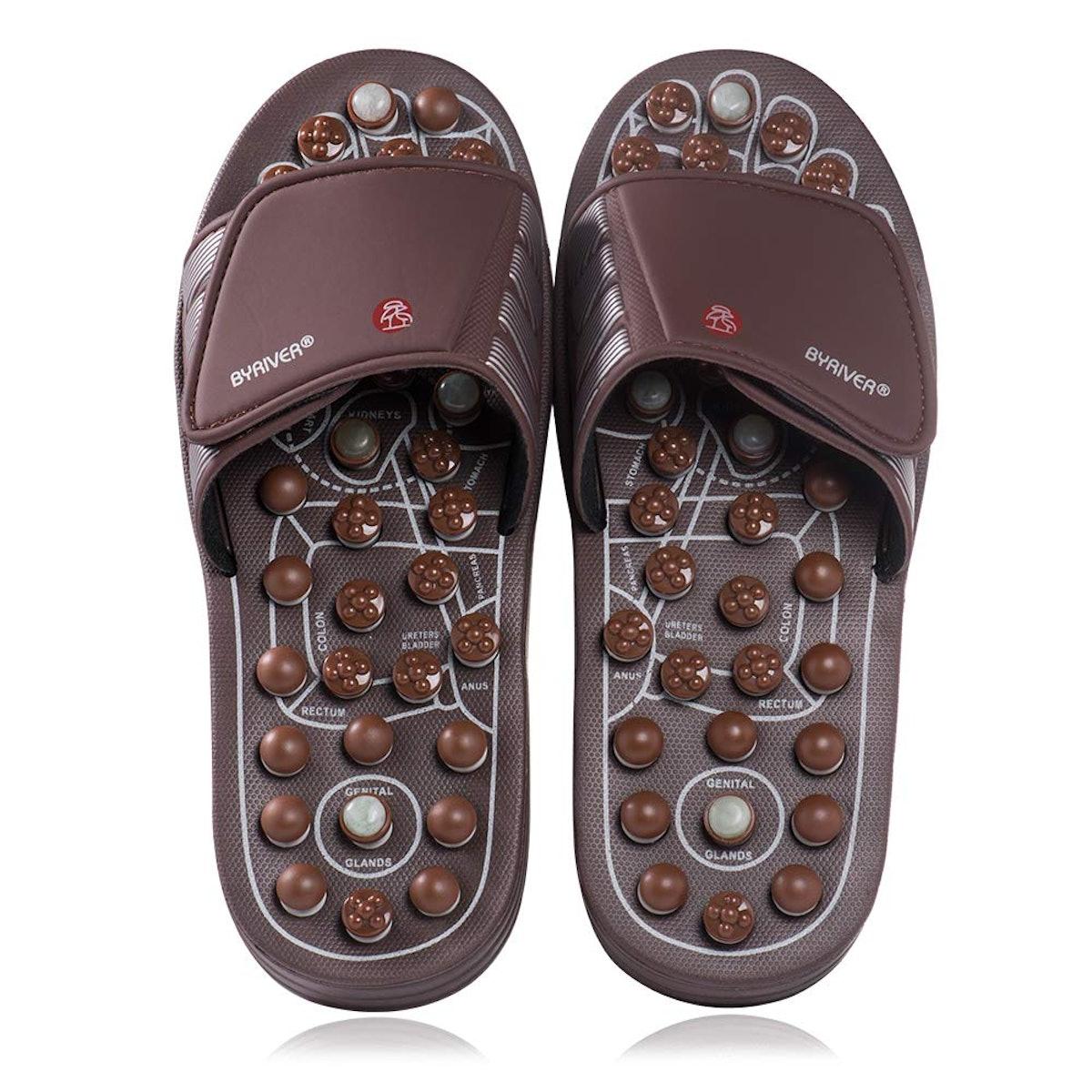 BYRIVER Acupressure Reflexology Slippers (Sizes 6.5-12)