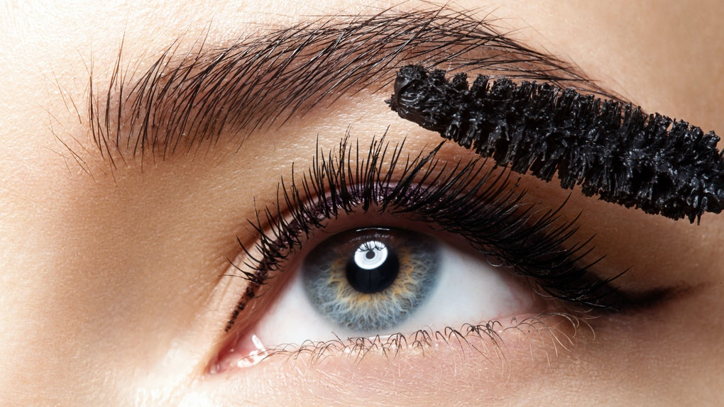 b2dd1656fd4 The 6 Best Mascaras For Long Lashes