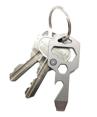 CLOSS Multitool Keychain