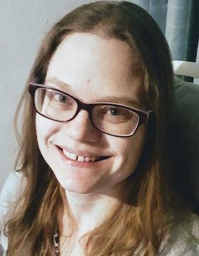 Lisa M Fry