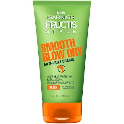 Style Smooth Blow Dry Anti-Frizz Cream