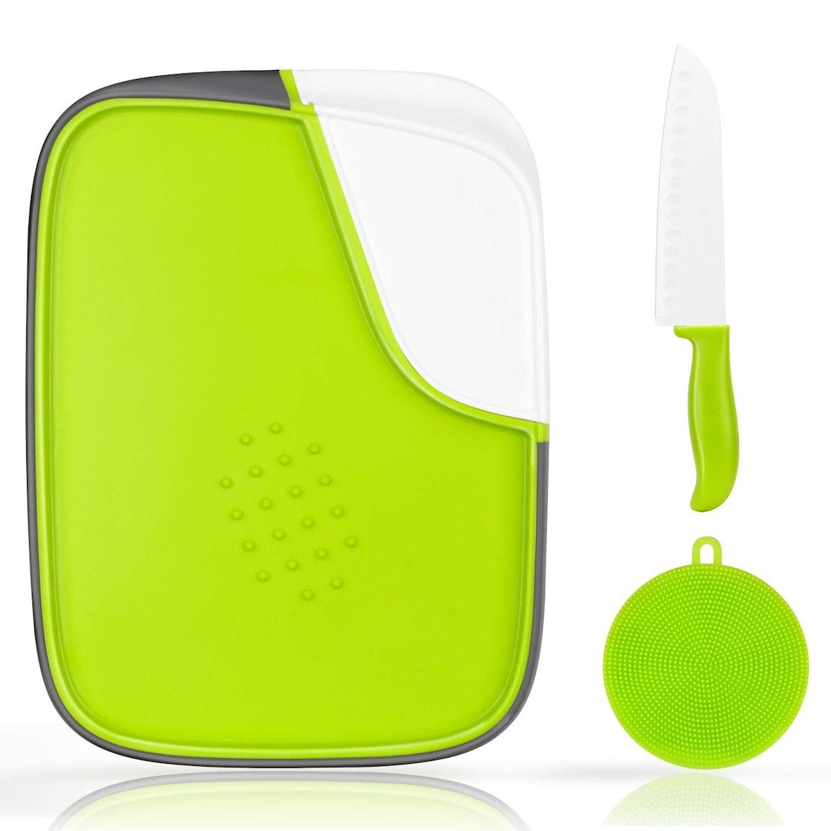 Wahcaak Plastic Cutting Board Set