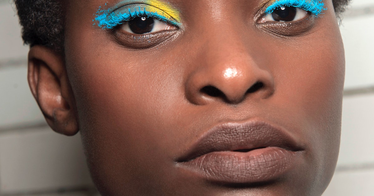 10 Bright Eye Makeup Products For Dark Skin That Actually Show Up Stay On