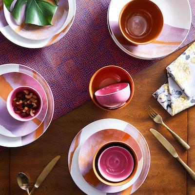 Vintage Marble 16 Piece Dinnerware Set in Palm Springs Pink