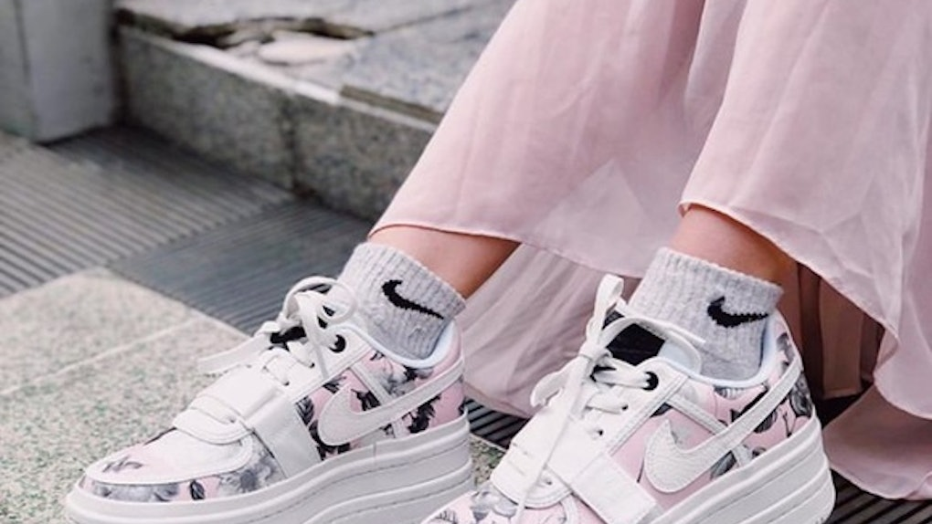 10 Extra Sneakers (And How To Actually Wear Them) c0ab41ea5