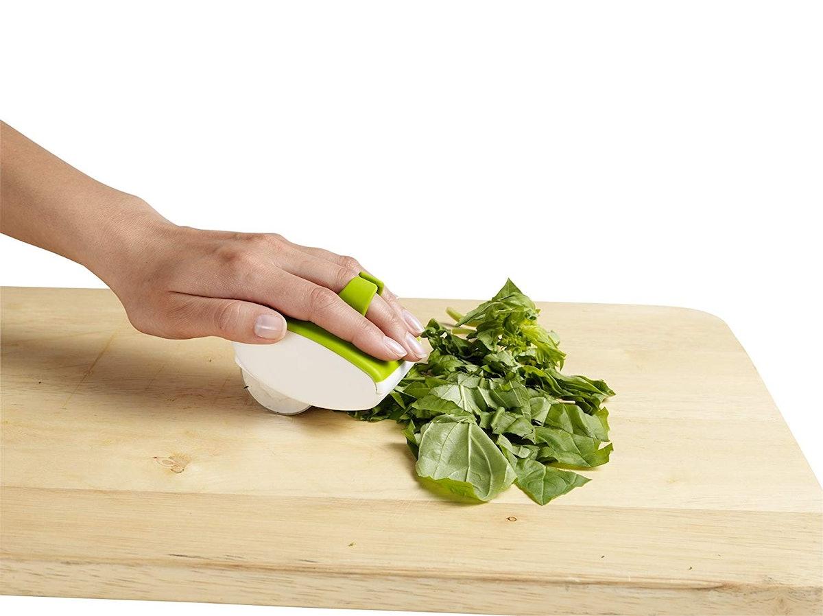 Chef'N Palm Fresh Herb Mincer