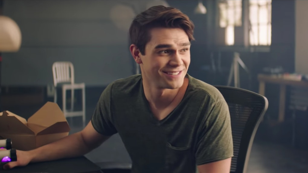 Maia Mitchell and KJ Apa Had Great Chemistry on set of The