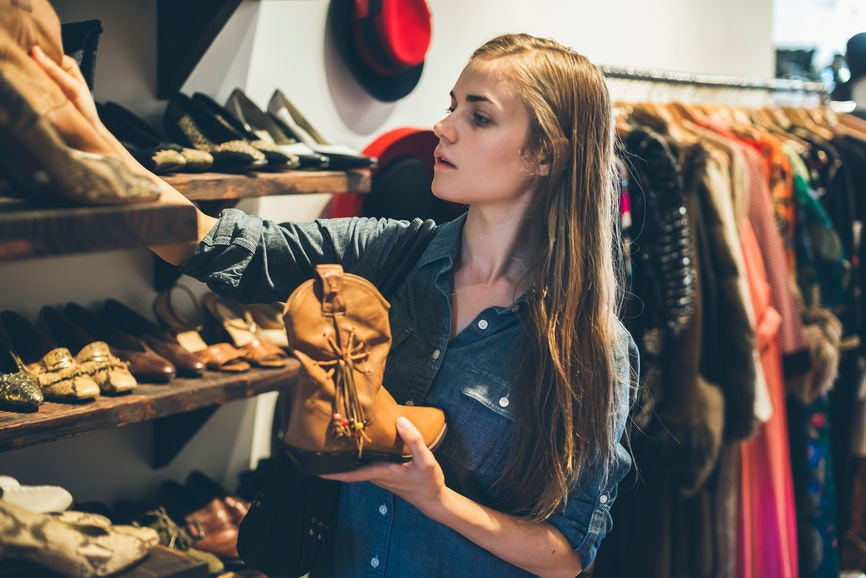 how to make money selling fashion