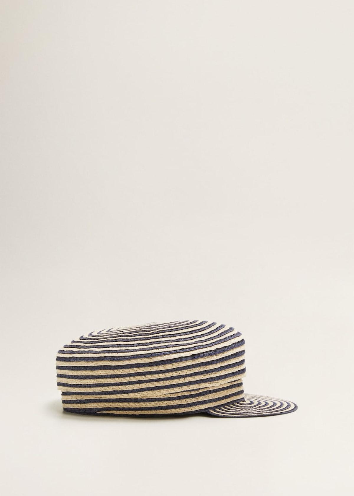 Bicolor braided cap