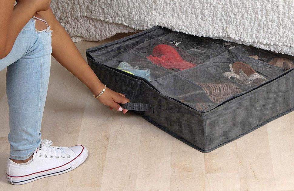 Extra Slim Under Bed Storage: The 4 Best Under Bed Storage Organizers