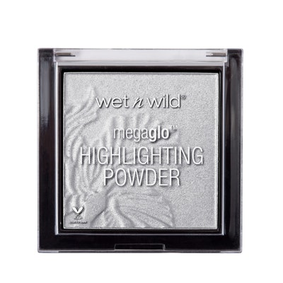 MegaGlo Highlighting Powder in Diamond Lily