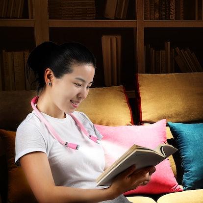 Singhong LED Neck Book Light