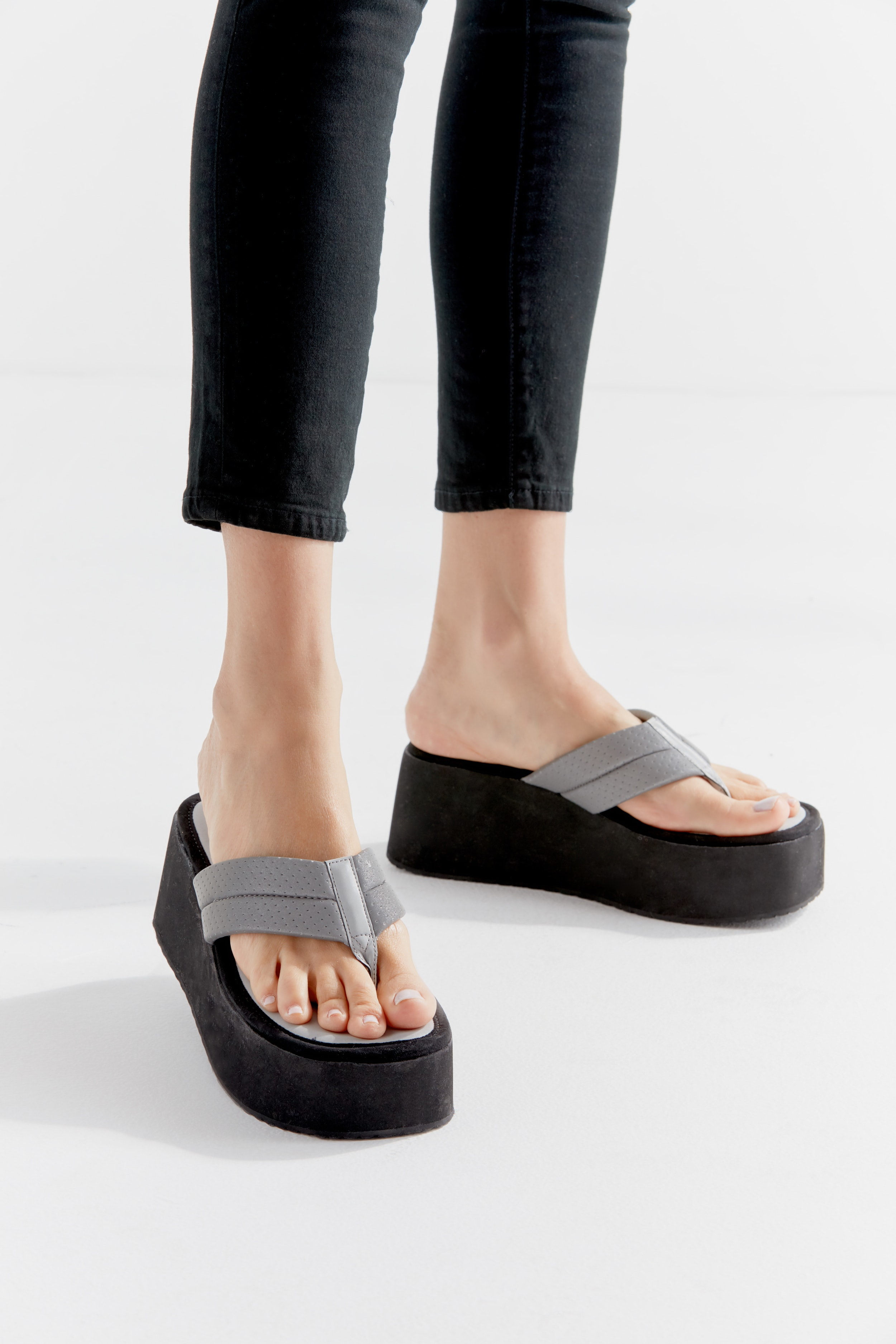 efedae4226a The Steve Madden x Urban Outfitters Capsule Collection Includes Your  90s  Slinky Platform Sandals With A Twist