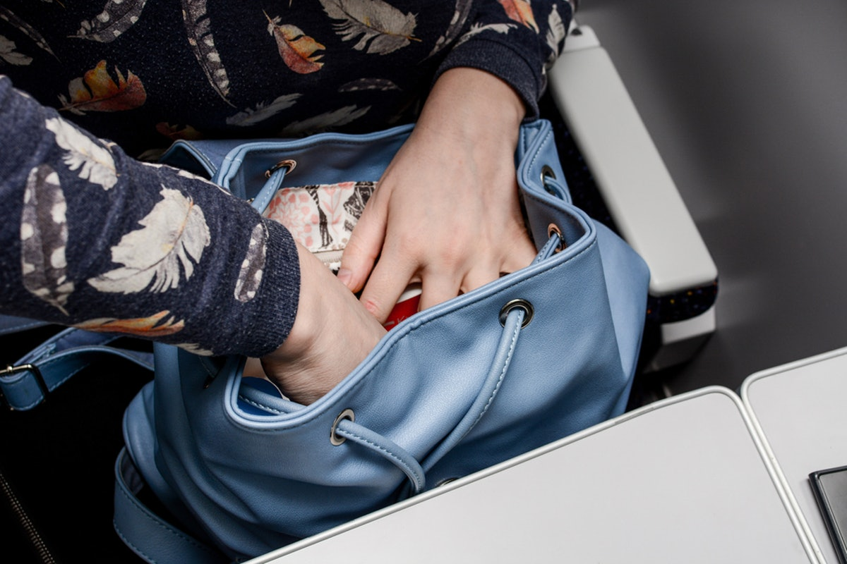 13 Environmentally Friendly Items To Keep In Your Purse