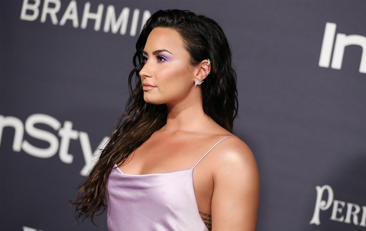 Demi Lovato's New Blunt Lob Is The Ultimate, No-Fuss Haircut For Spring & Summer