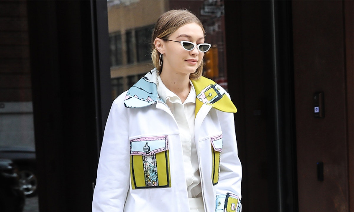 Gigi Hadid's Seashell Belt Is A Smart Way To Try Out The Throwback Trend