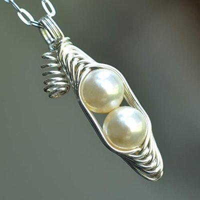Swarovski Pearl Peapod Necklace