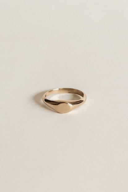 Petite Signet Ring
