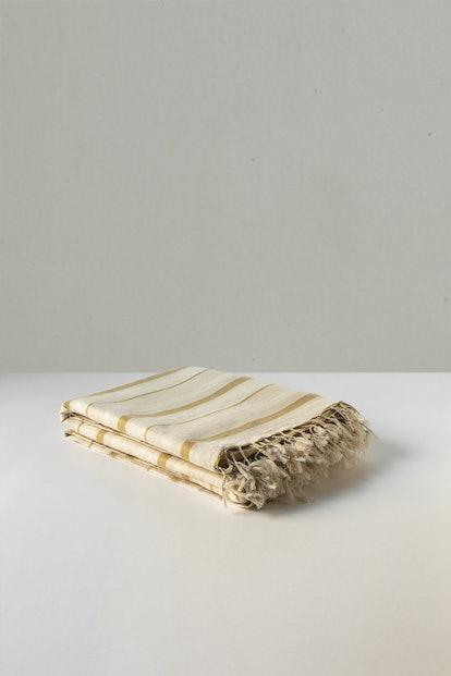 Bed Throw in Caramel Stripe