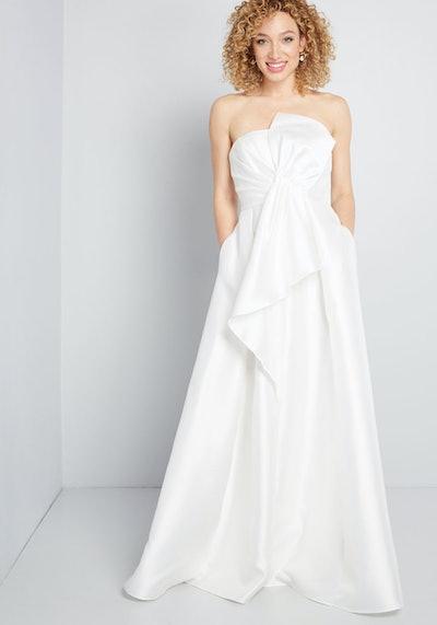 Aisle Impression Strapless Maxi Dress