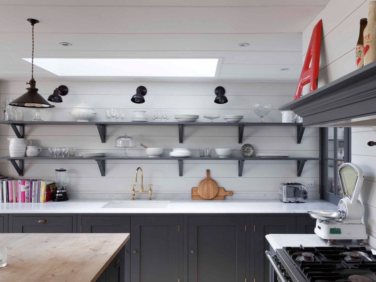 What To Put On Open Kitchen Shelves — A Decor Pro Gets To The Bottom Of This Conundrum