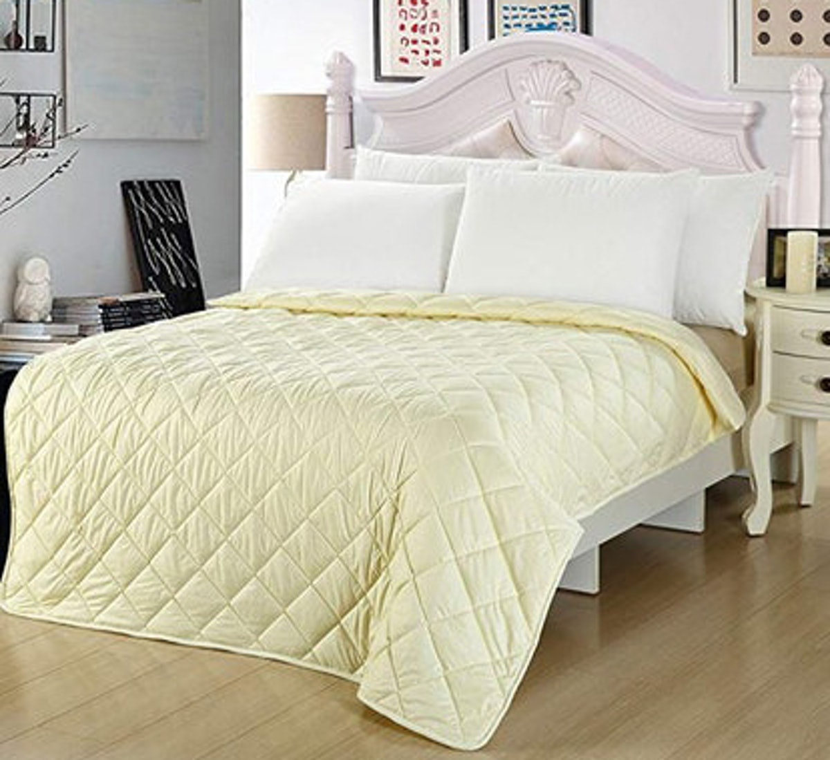 NATURETY Thin Summer Comforter