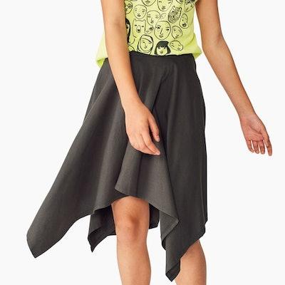 Solid Handkerchief Hem Skirt