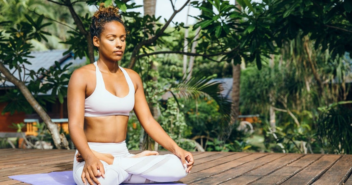 How To Breathe During Yoga, According To Experts, Because Inhale, Exhale Is Just The Beginning