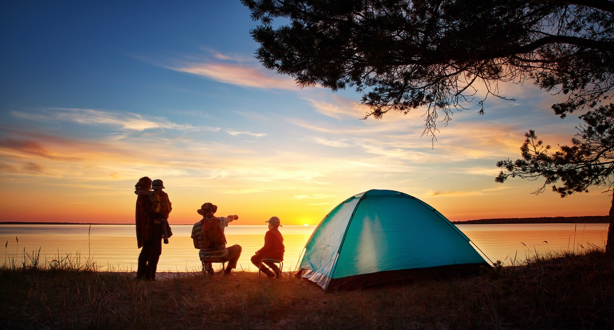 How Camping Affects Your Kid's Brain, According To Experts