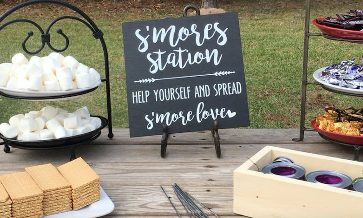 Wedding S'more Bars Are A Delicious Dessert Trend & You Can Buy Everything You Need For It Online