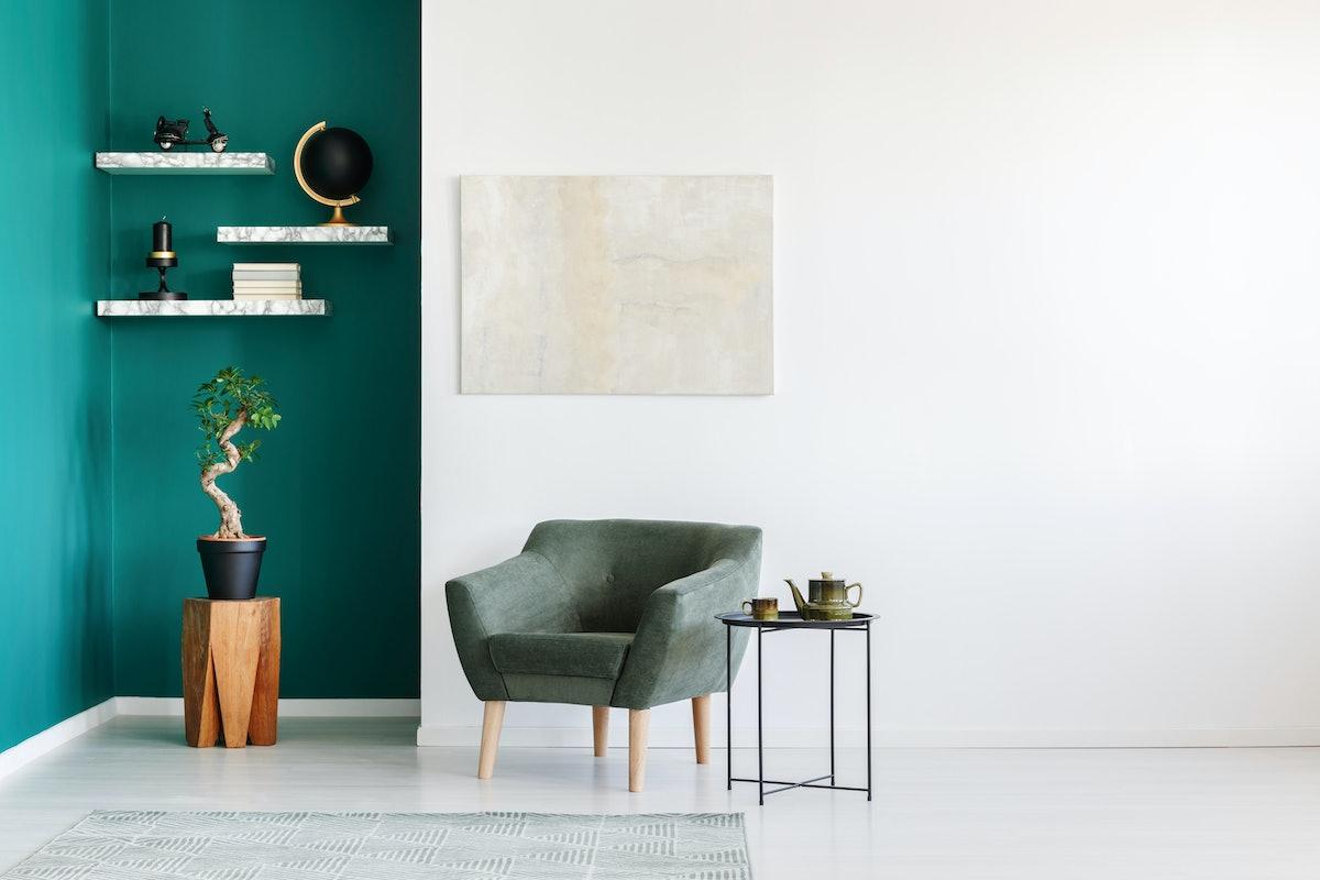 Home Essentials For The Minimalist, According To An Interior Designer