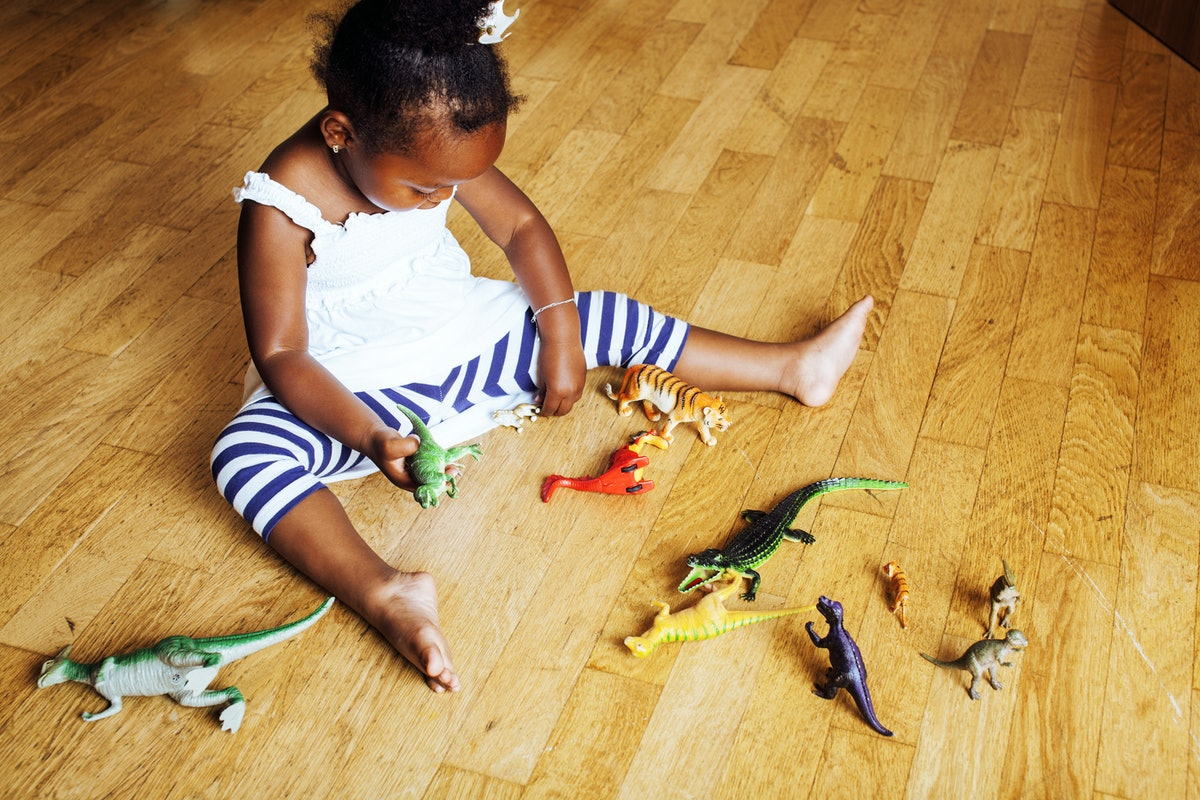 The Benefits Of Unsupervised Play Will Make You Want To Back Off Your Kids' Activities In A Big Way