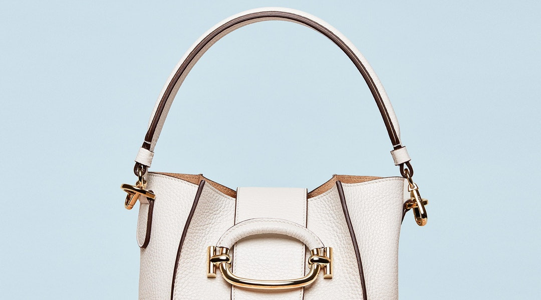 416417750af Tod's T-Ring Bucket Bag Is An Elevated Take On Instagram's Favorite Purse  Trend