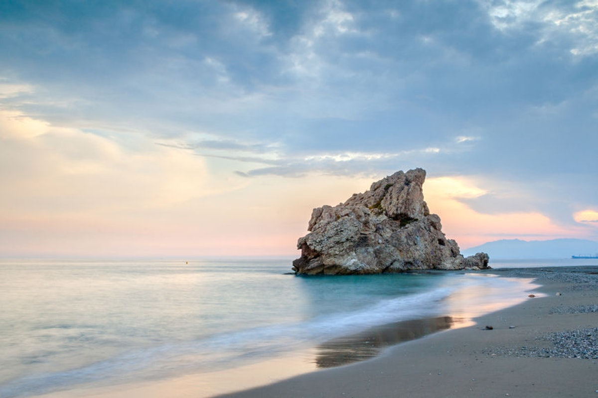 Dollar Flight Club's April 25 Deals To Spain Will Have You Rethinking A Basic Beach Vacay