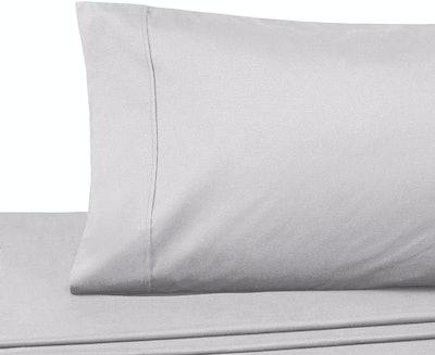 AmazonBasics Essential Cotton-Blend Sheet Set