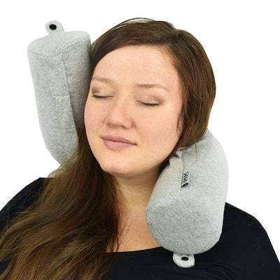 Dot & Dot Memory Foam Twisting Neck Pillow