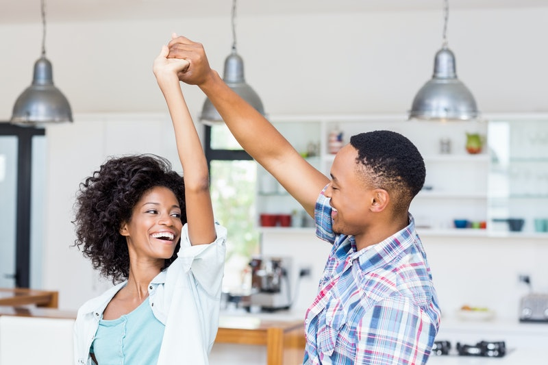 On the hunt for Instagram photo ideas for at-home date nights? Dancing with your boo is a fun option.