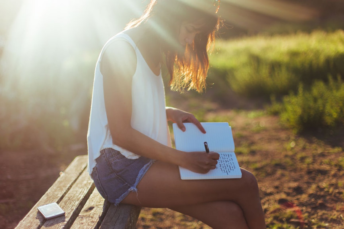 Want To Write Poetry? Start With These 9 Books