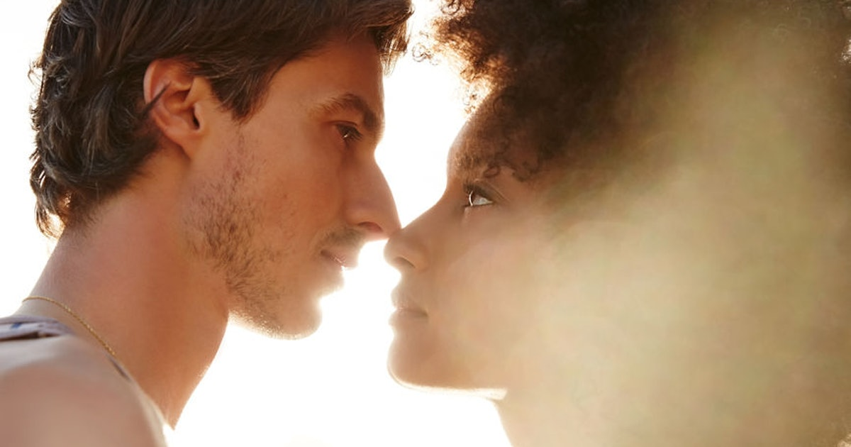 5 Signs You Don't Actually Like Someone, Because It Can Be Hard To Admit