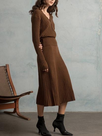 Brown Ribbed-Knit Midi Skirt