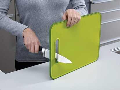 Joseph Joseph Slice & Sharpen Cutting Board