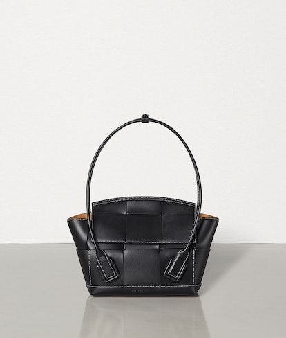 Arco 33 Bag in Nero