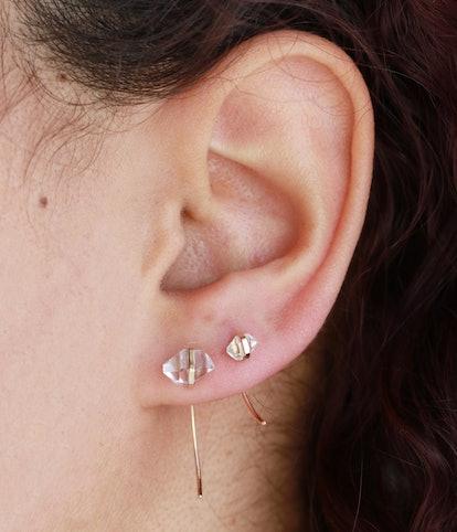 Mini Hermiker Swoop Earrings