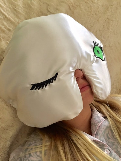 Winkzzz Sleep Mask Pillow in Ivory