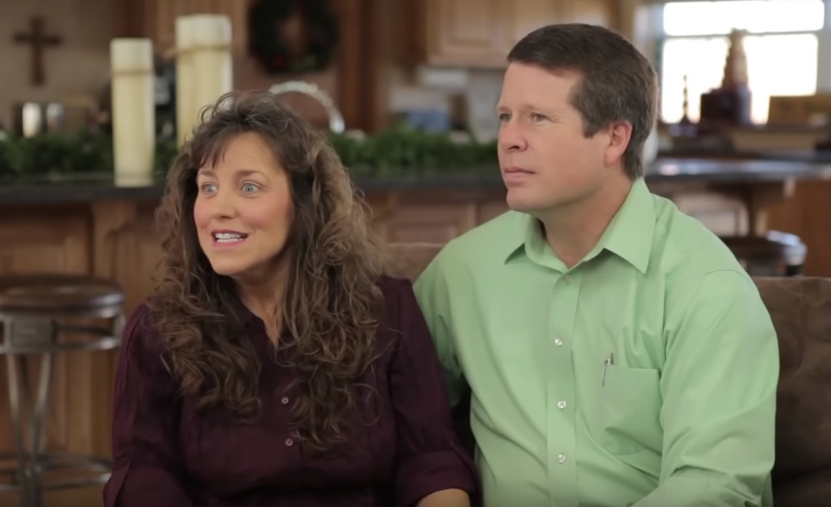 Do The Duggars Flip Houses? Jim Bob & Michelle's Latest Renovation Is Reportedly On The Market