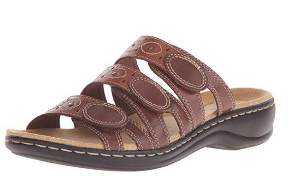 Puerto marítimo mariposa Ficticio  The 9 Most Comfortable Sandals