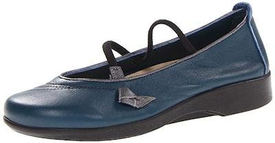 Arcopedico Women's Vitoria Flats Shoes