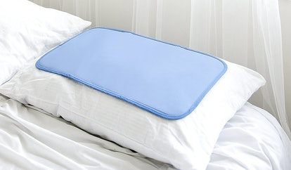 Penguin Pillow Cooling Mat